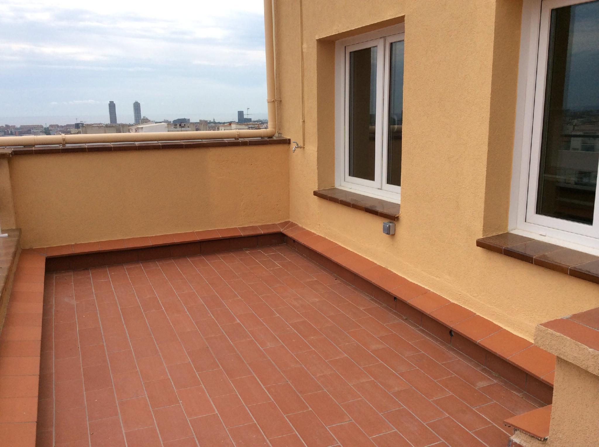 flat-for-sale-in-junto-hospital-de-la-santa-creu-i-sant-pau-el-baix-guinardó-in-barcelona