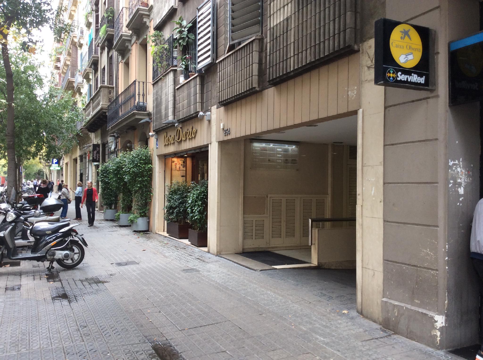 flat-for-sale-in-entre-aribau-y-enrique-granados-eixample-esquerra-in-barcelona-215353090