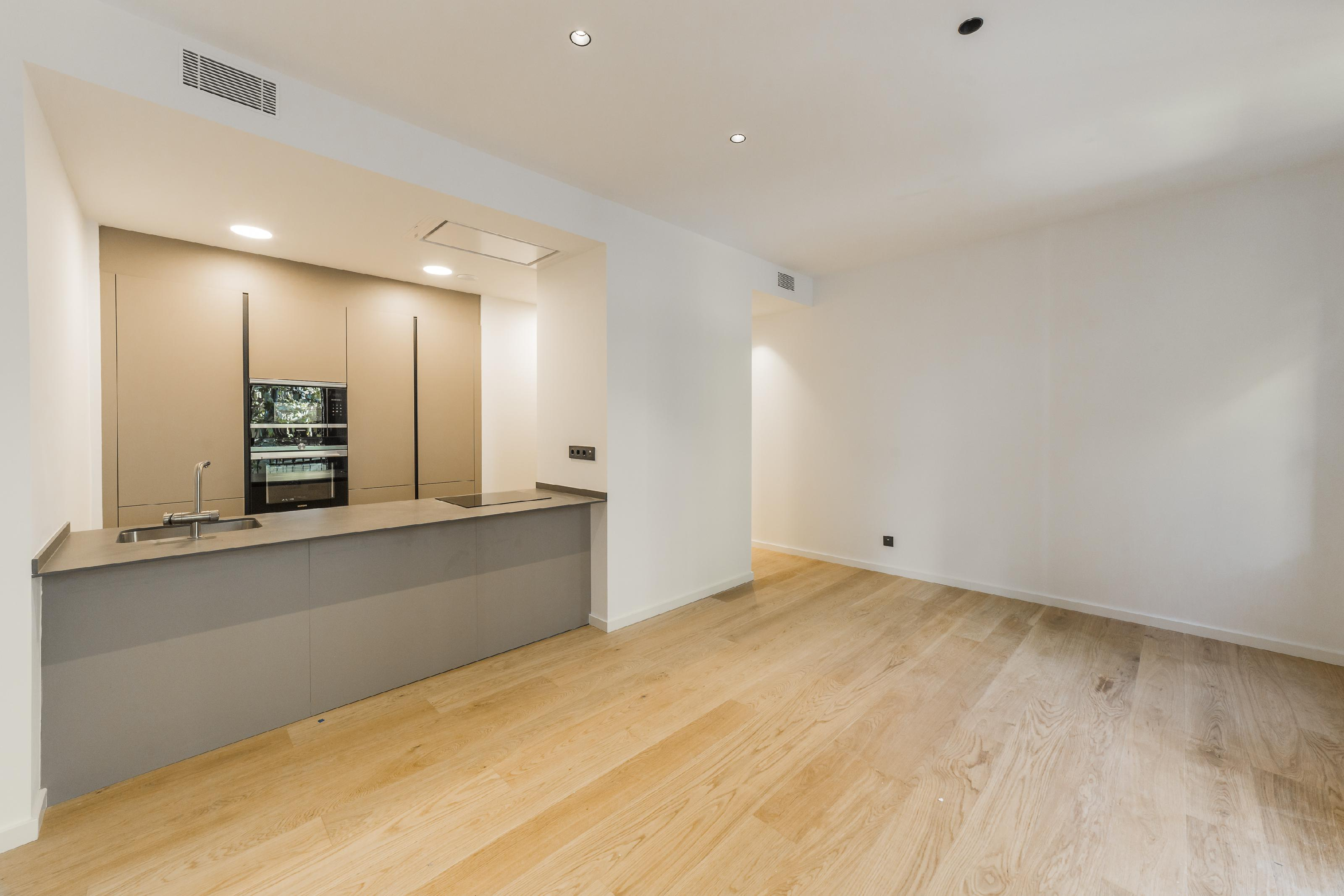 182176 Apartment for sale in Eixample, Old Left Eixample 1
