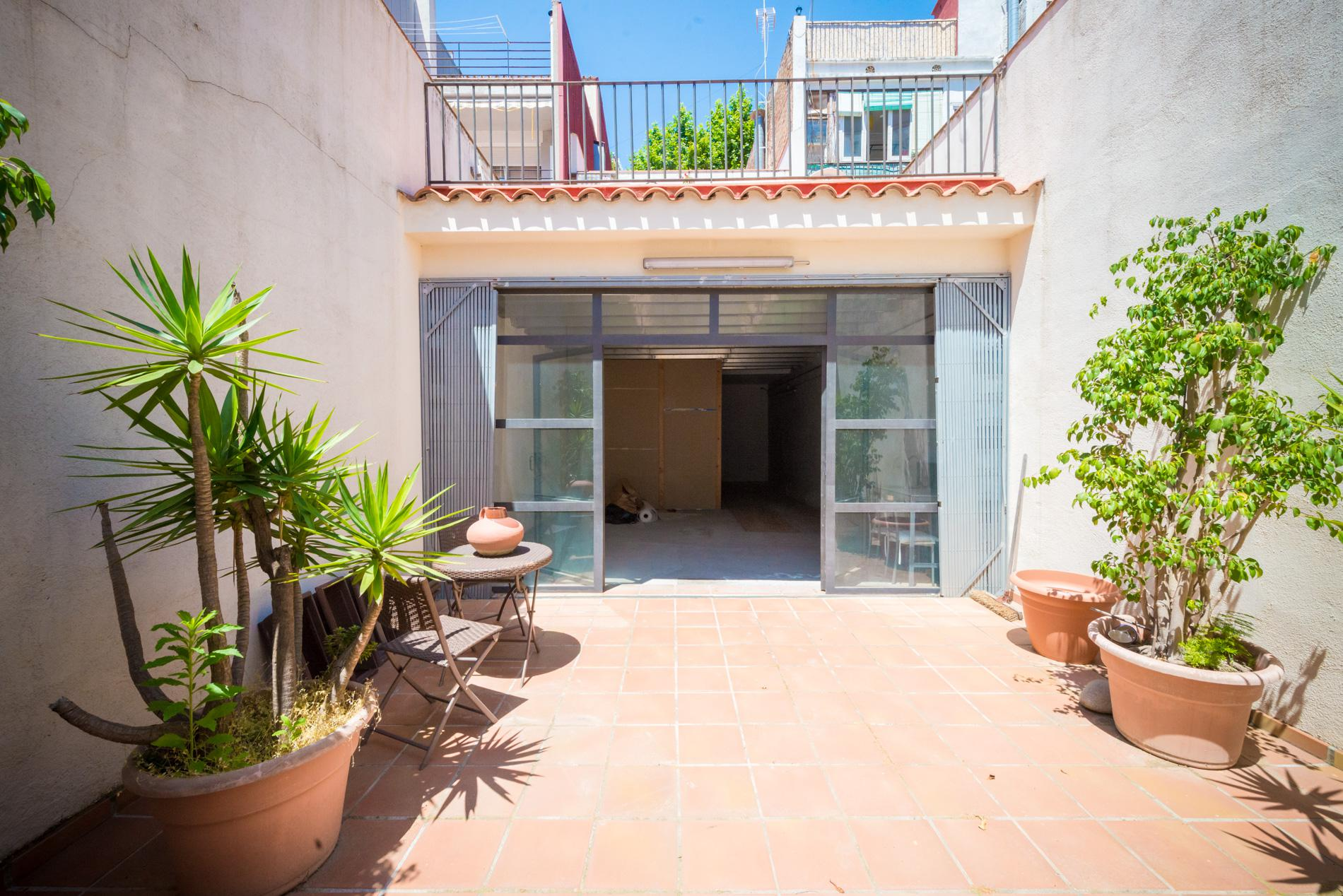 239277 Semi-detached house for sale in Sants-Montjuïc, Sants 1