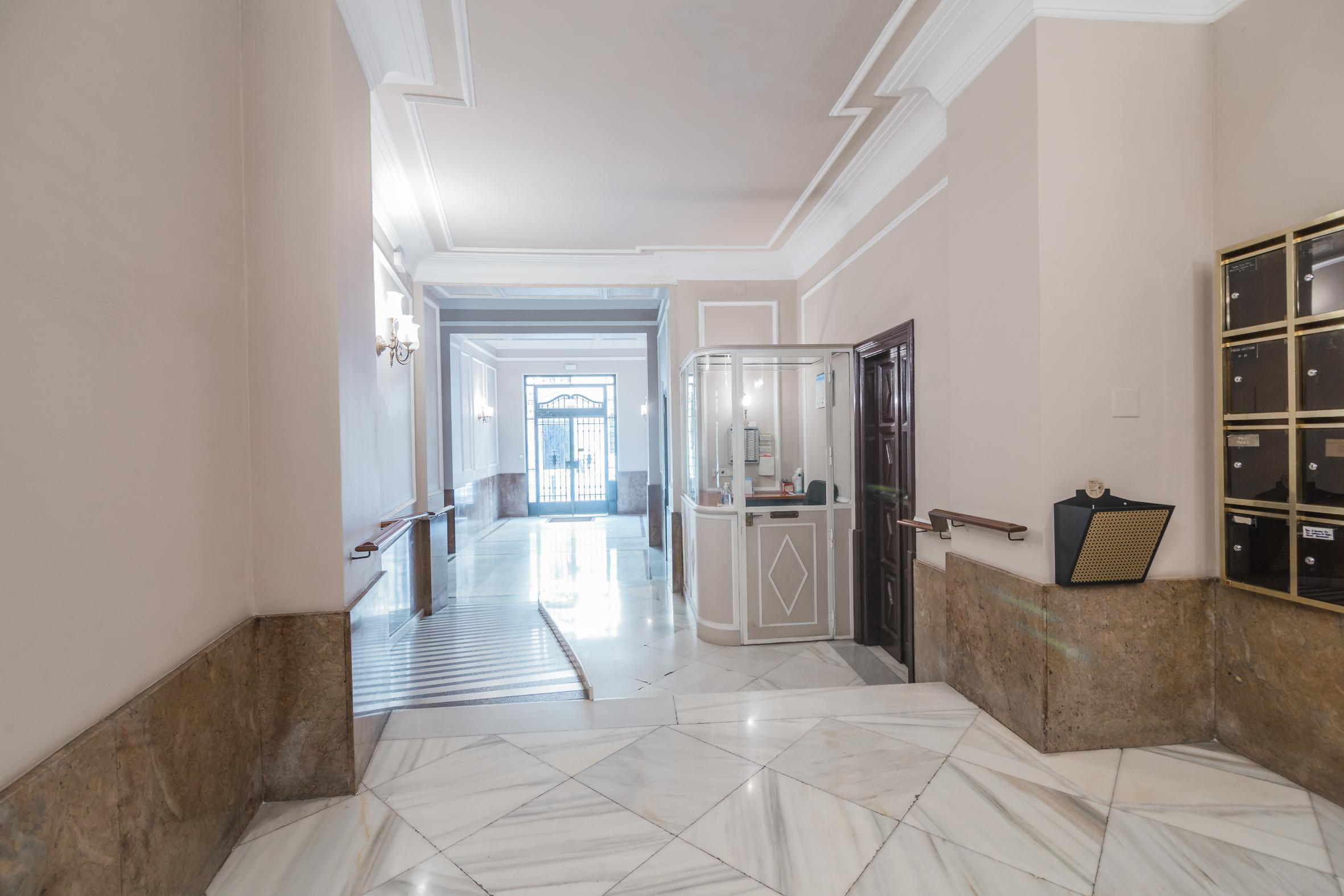 244010 Flat for sale in Ciutat Vella, Barri Gótic 25