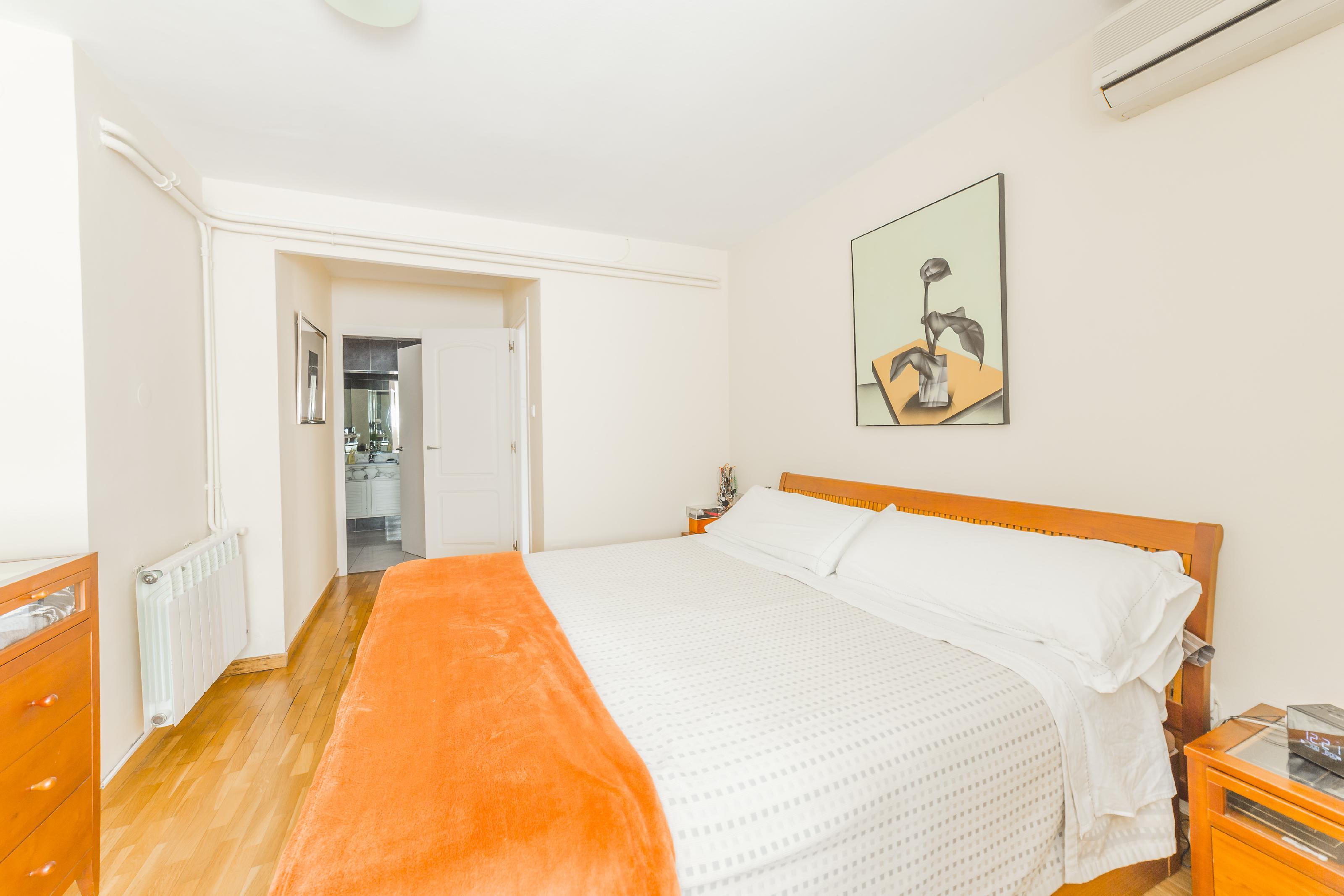 246685 Flat for sale in Horta-Guinardó, Font d´en Fargues 25