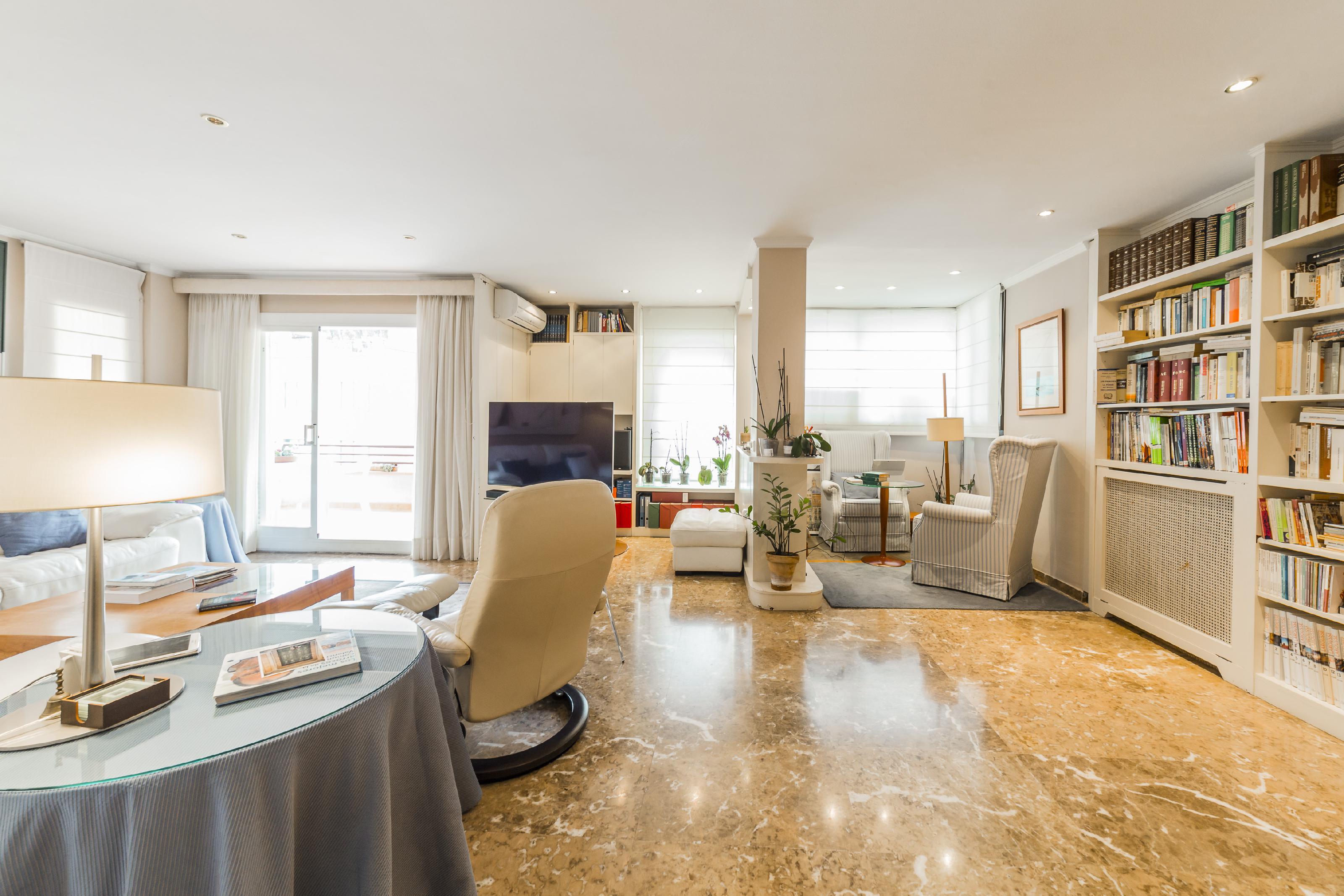 246685 Flat for sale in Horta-Guinardó, Font d´en Fargues 13