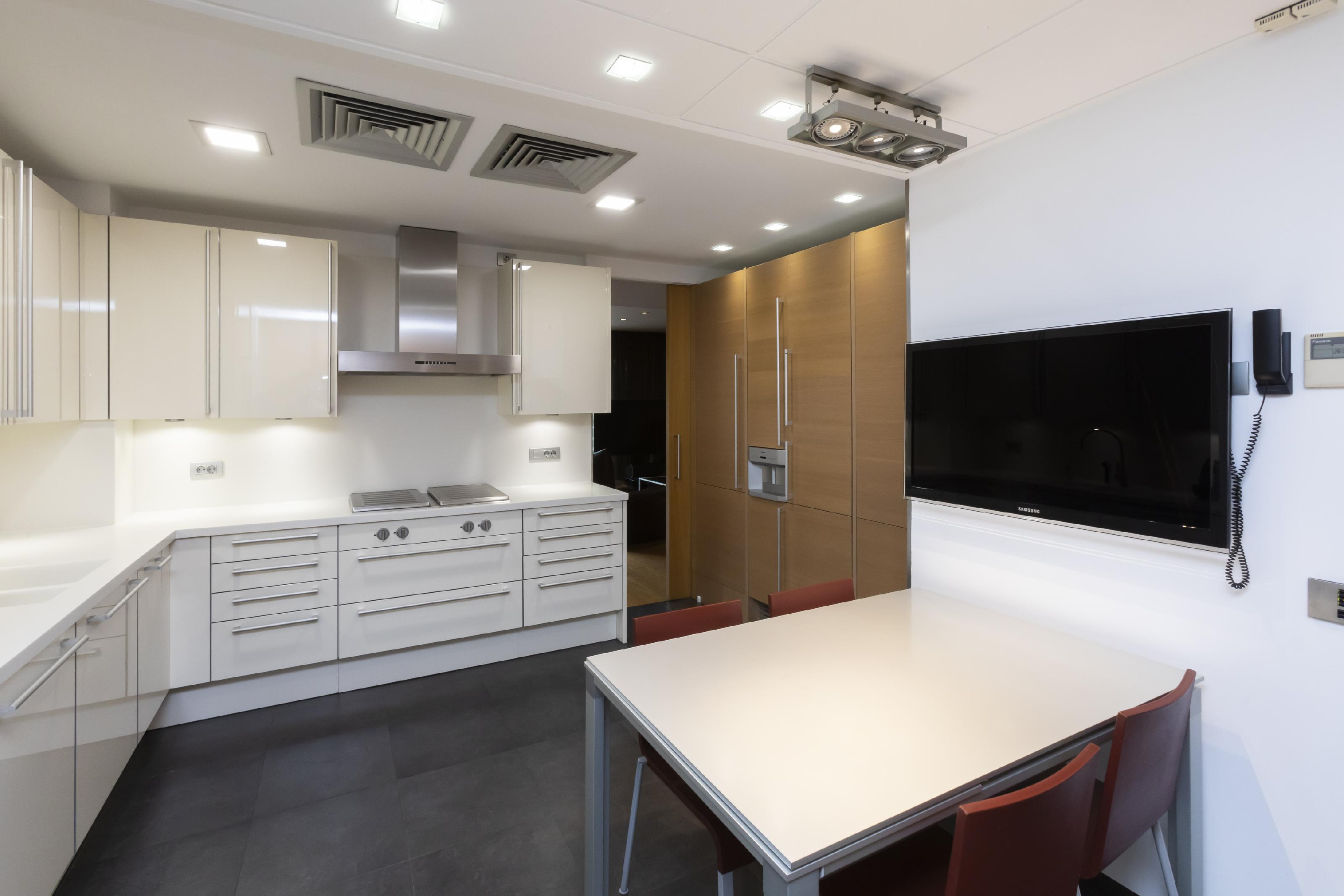 247020 Flat for sale in Les Corts, Les Corts 13