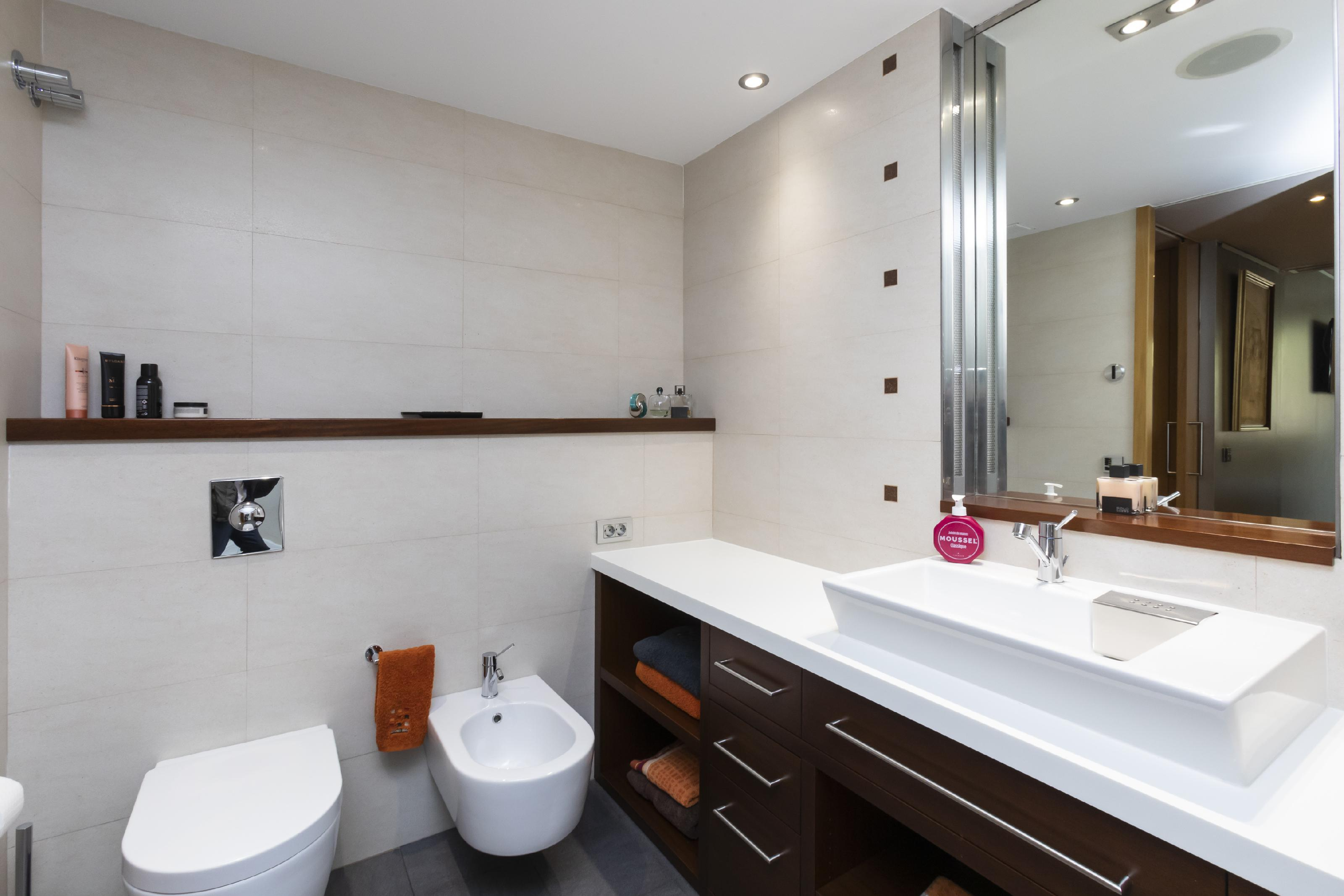 247020 Flat for sale in Les Corts, Les Corts 25