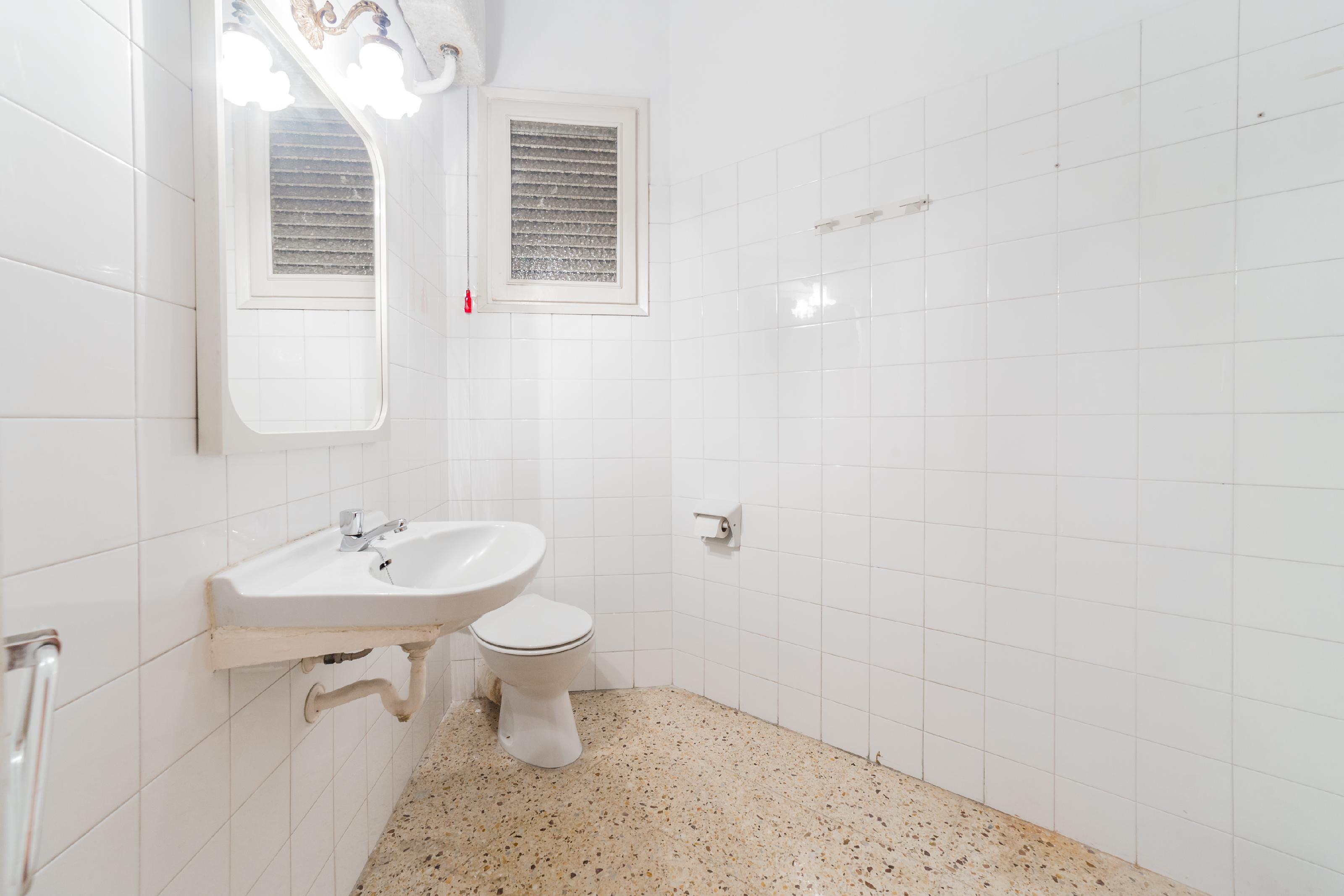 247624 Flat for sale in Eixample, Sant Antoni 25