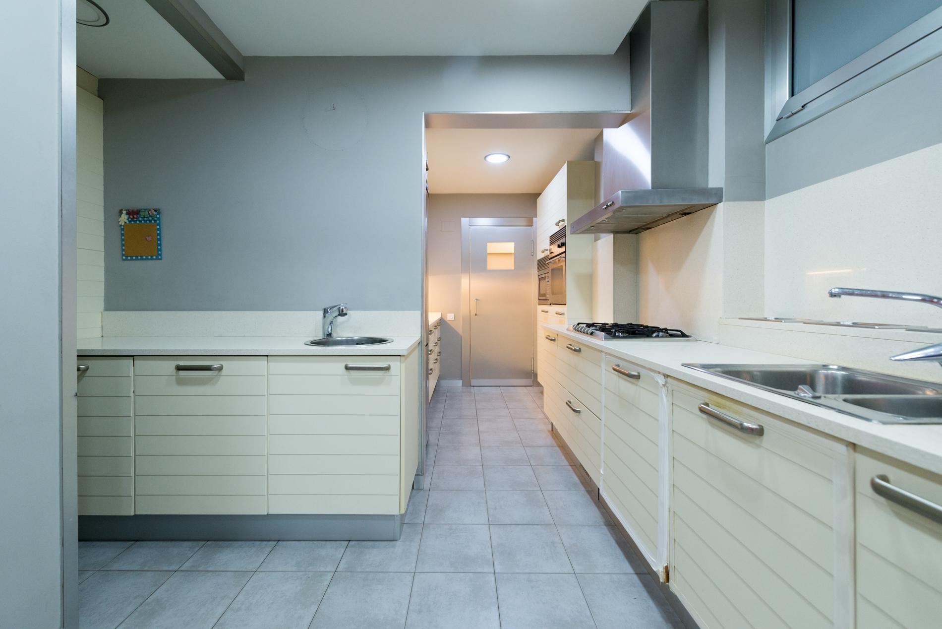 247761 Ground Floor for sale in Sarrià-Sant Gervasi, St. Gervasi-Bonanova 32