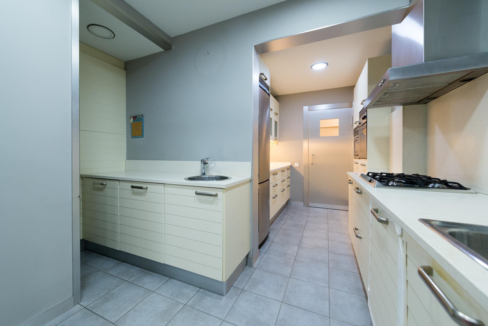 247761 Ground Floor for sale in Sarrià-Sant Gervasi, St. Gervasi-Bonanova 34