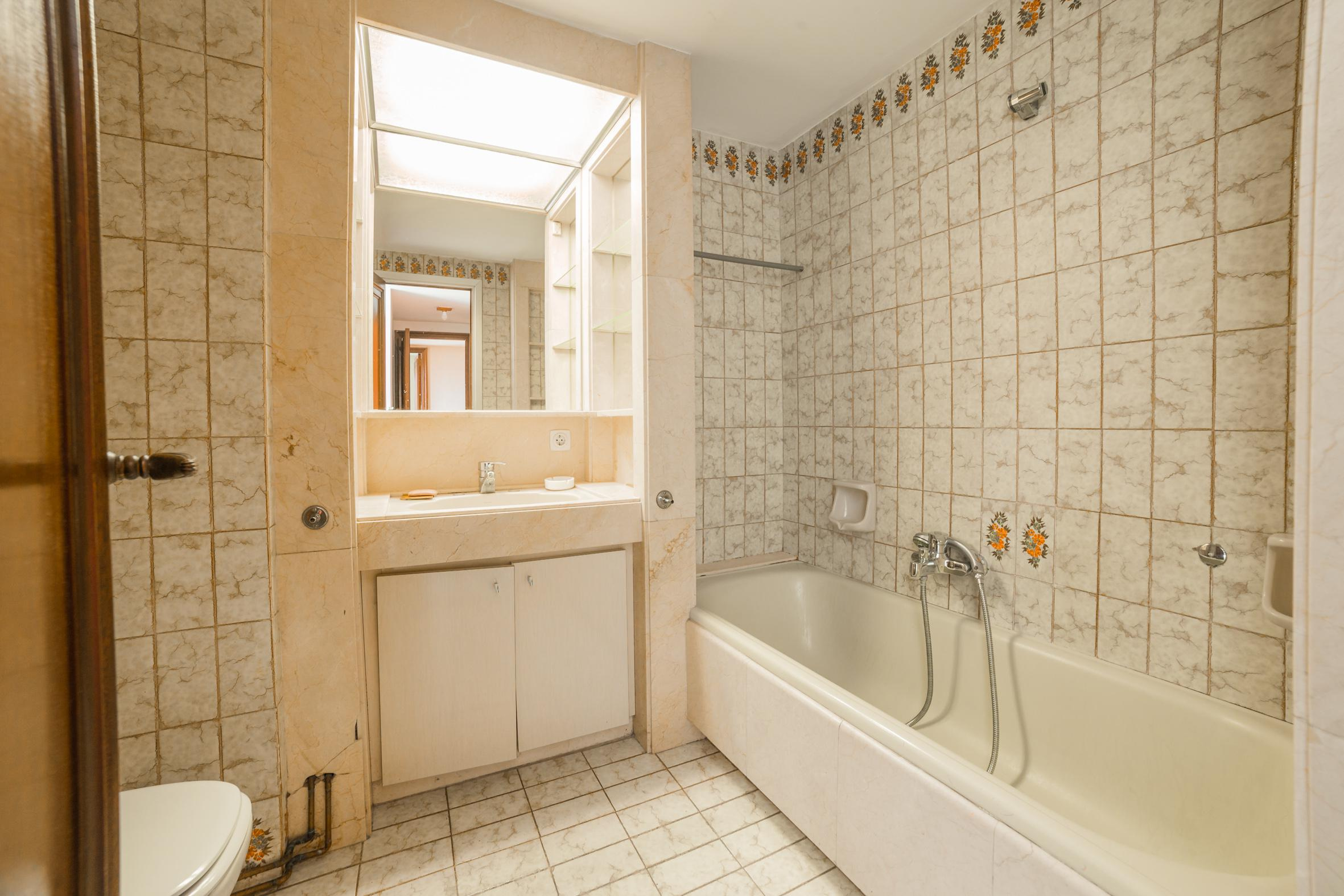 248988 Flat for sale in Les Corts, Les Corts 27