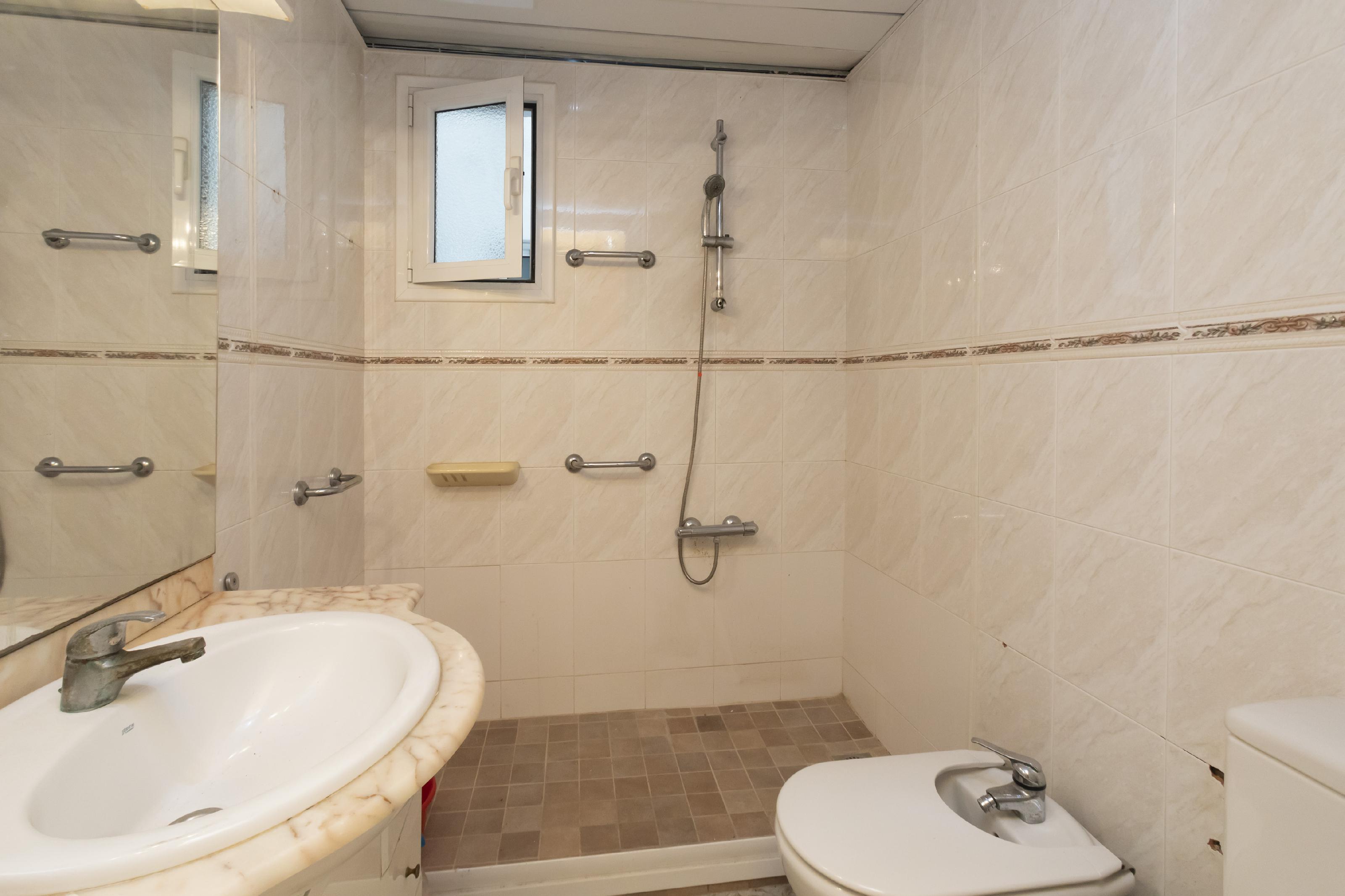 249361 Flat for sale in Eixample, Antiga Esquerre Eixample 24