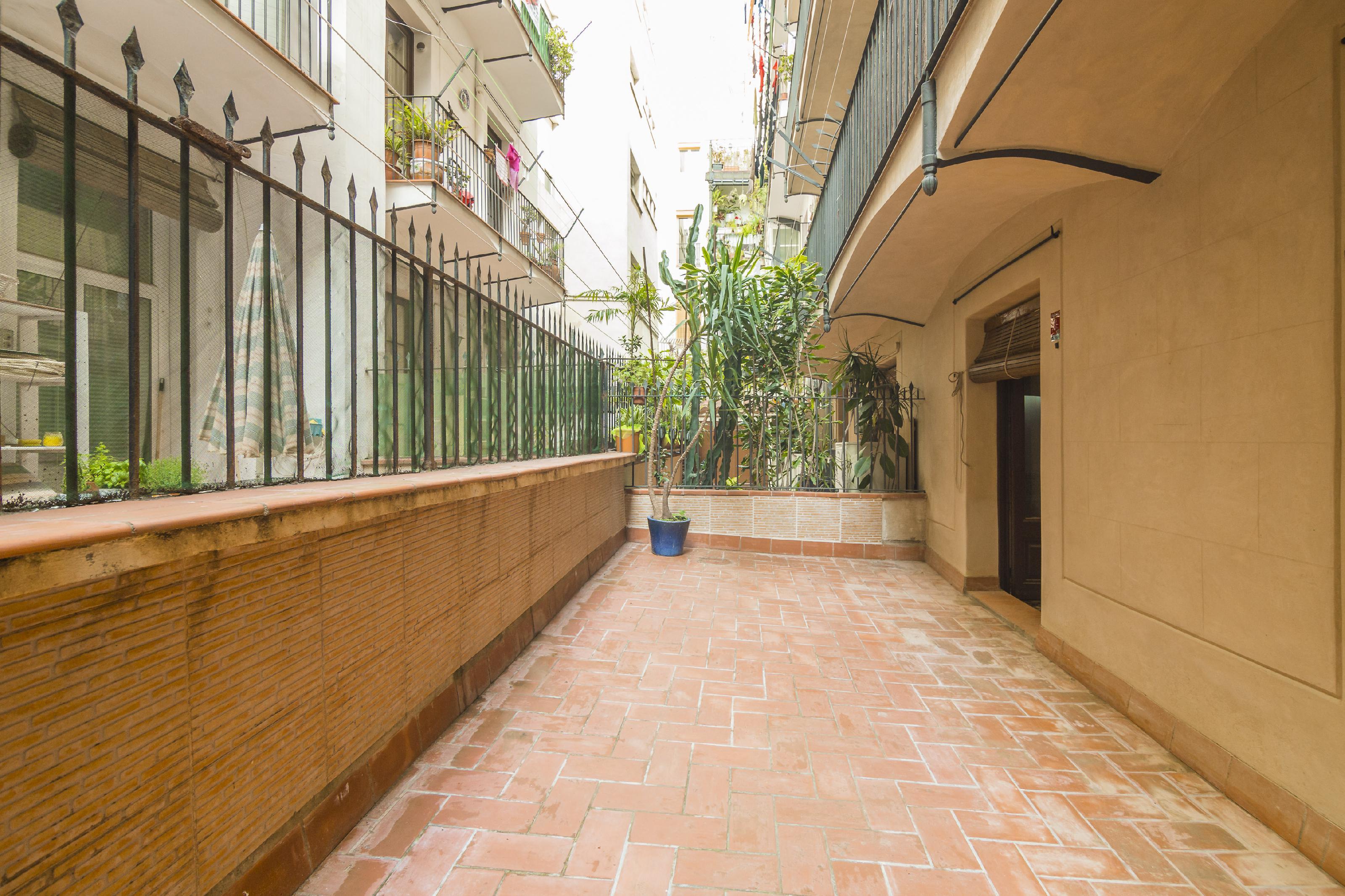 249648 Piso en venda en Ciutat Vella, El Raval 1
