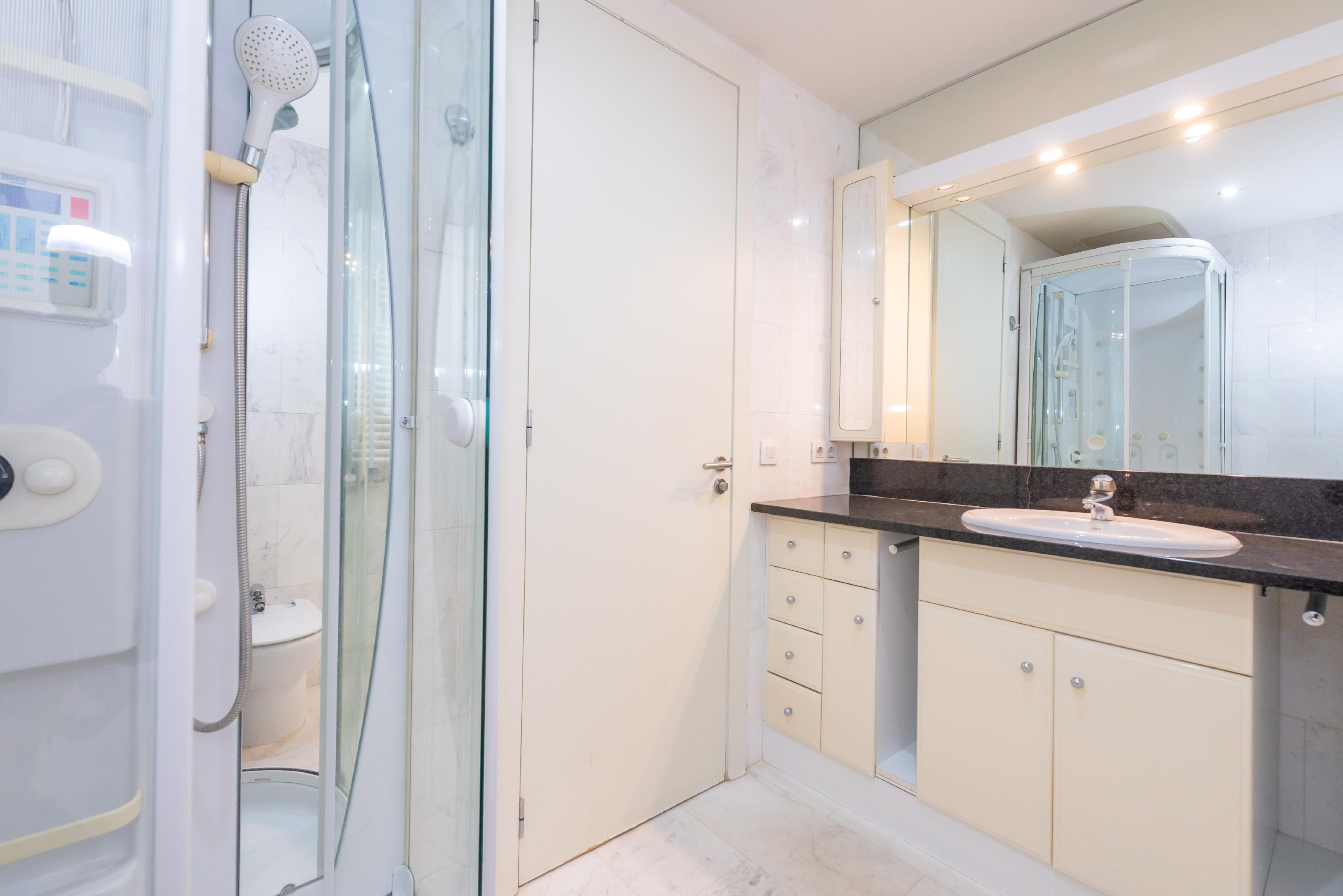 251446 Flat for sale in Sarrià-Sant Gervasi, Tres Torres 27