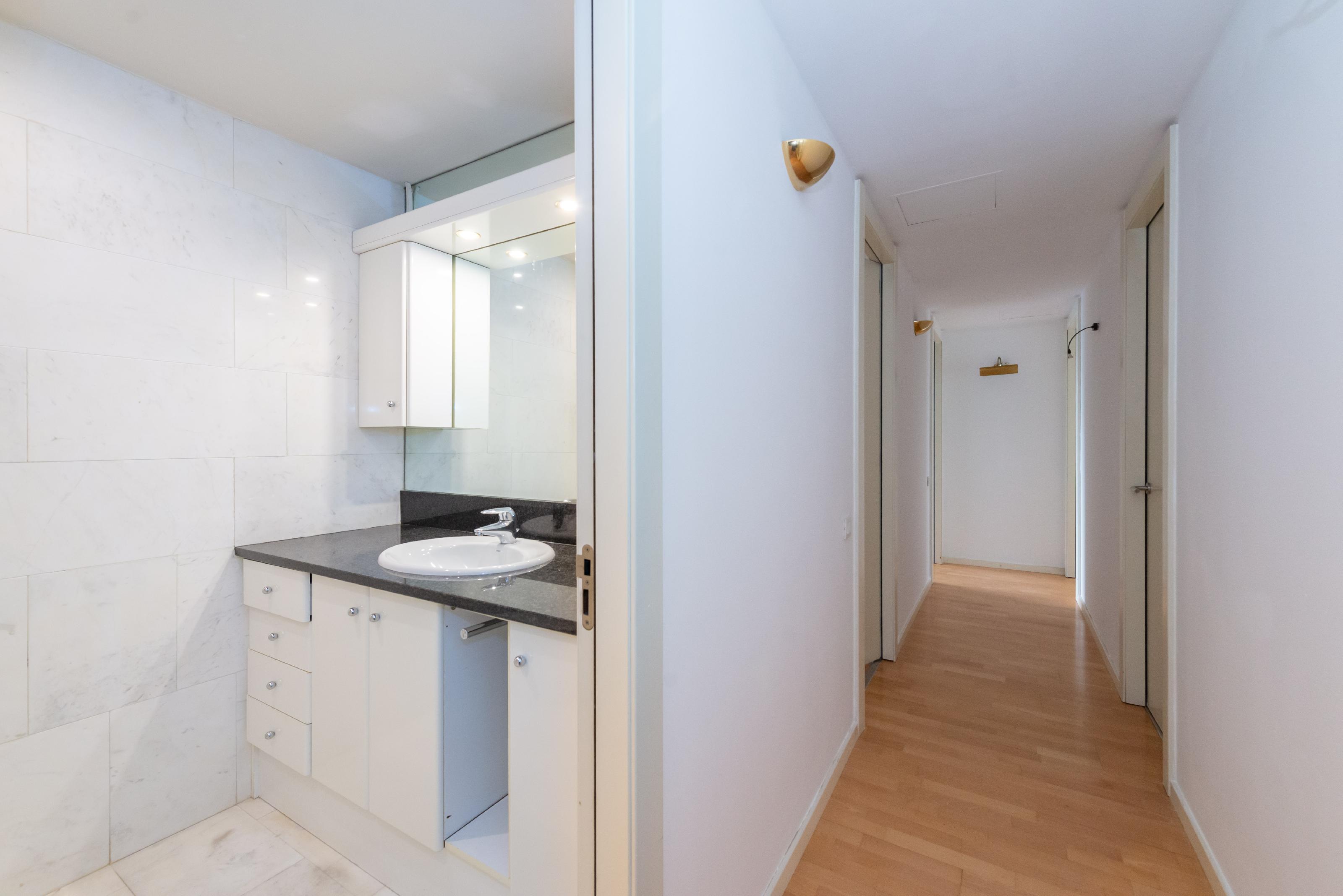 251446 Flat for sale in Sarrià-Sant Gervasi, Tres Torres 28