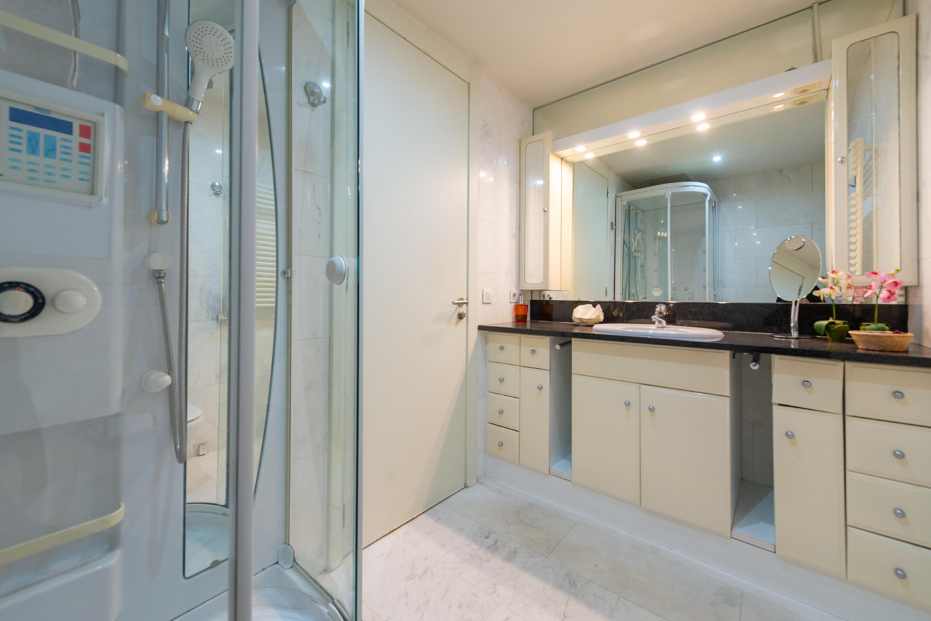 251446 Flat for sale in Sarrià-Sant Gervasi, Tres Torres 29