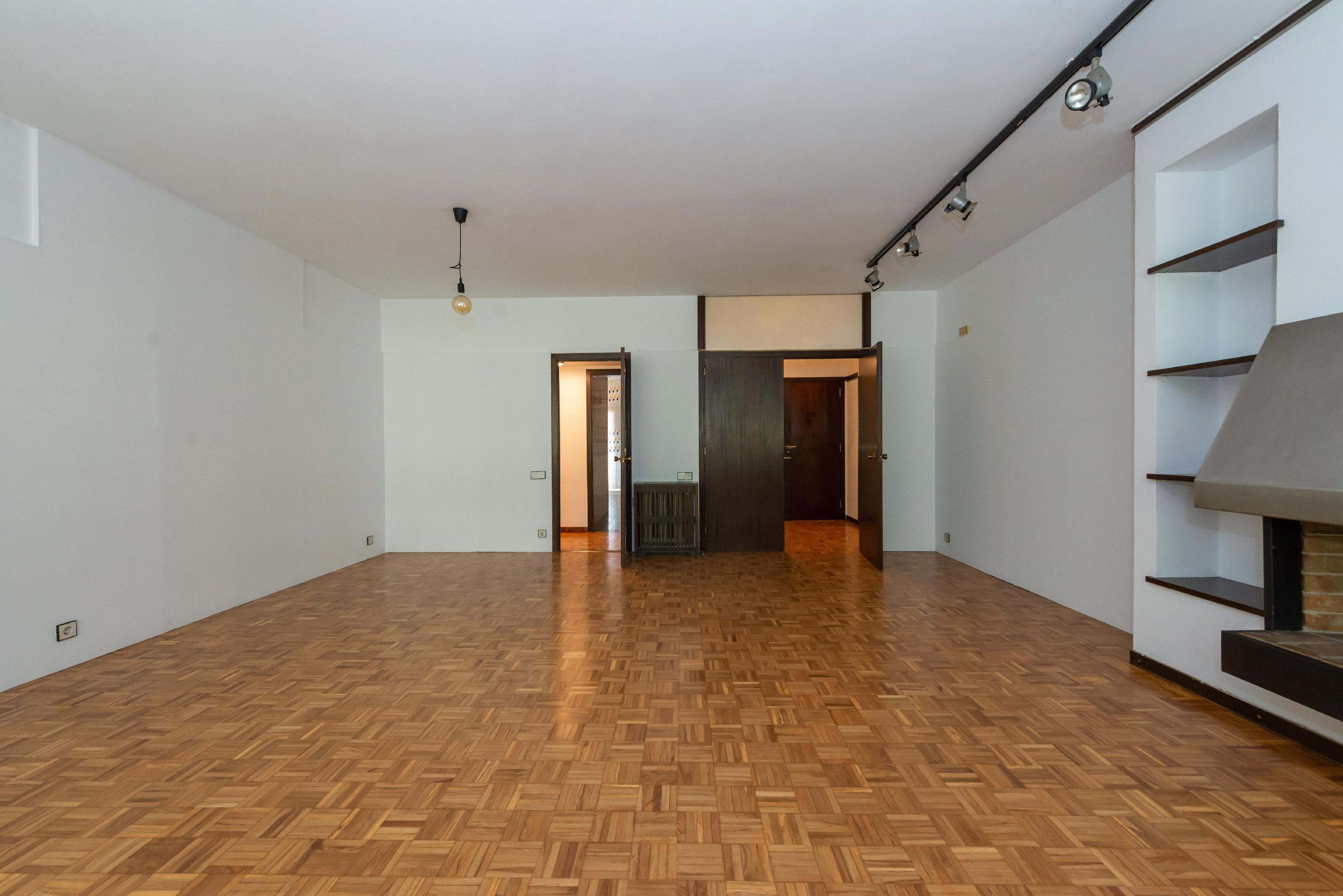 253470 Flat for sale in Sarrià-Sant Gervasi, El Putxet and Farró 13